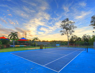 Gold Coast Holiday park has a tennis court